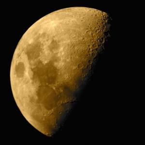 moon_craters_dreams_307813_h